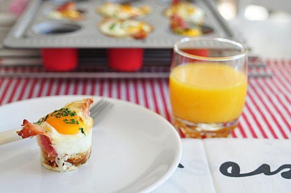 Z cyklu: Niedzielne śniadania, które trwają trochę dłużej. Zapiekane jajka.