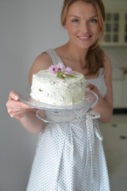 Ulubiony deser mojej Mamy w dniu Jej święta- tort pomarańczowy!